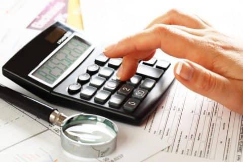 Что показывает калькулятор кредитных карт